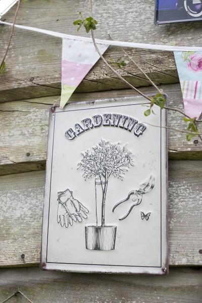 Steel Sign Gardening